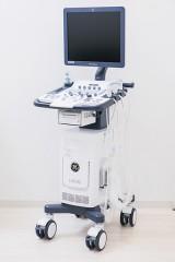 心臓、頚部、腹部いずれも検査することができるエコーです。